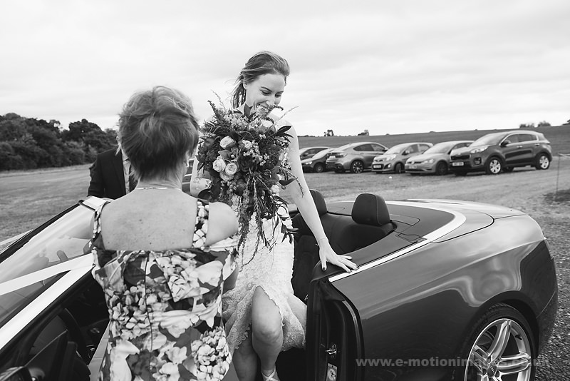 Sarah_and_Matt_160618_168B&W_web_res.JPG