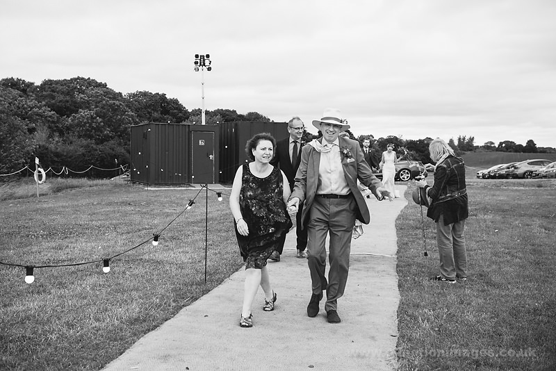 Sarah_and_Matt_160618_173B&W_web_res.JPG