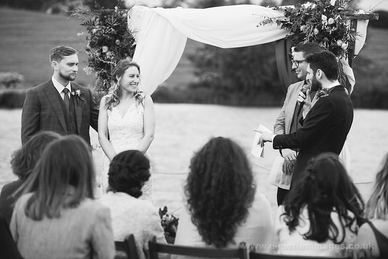 Sarah_and_Matt_160618_222B&W_web_res.JPG