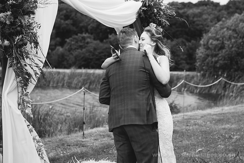 Sarah_and_Matt_160618_248B&W_web_res.JPG