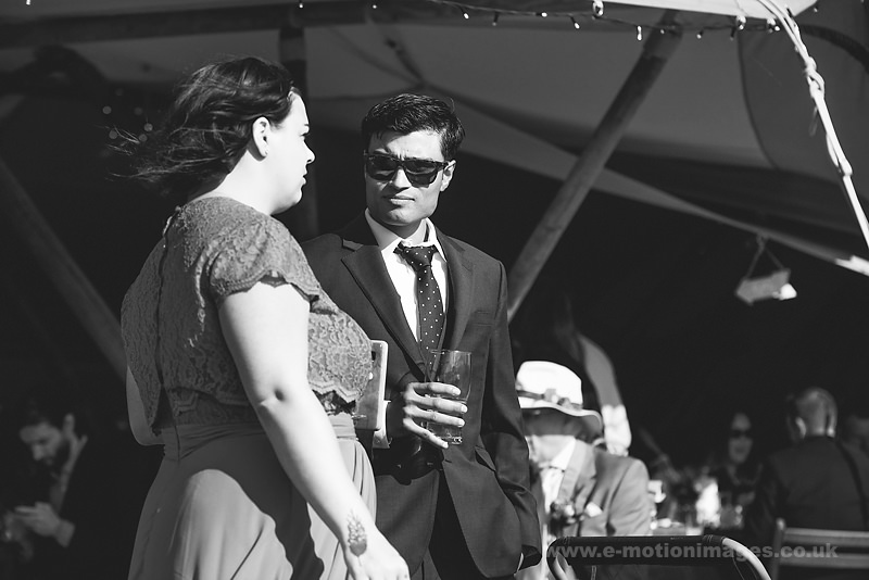 Sarah_and_Matt_160618_292B&W_web_res.JPG