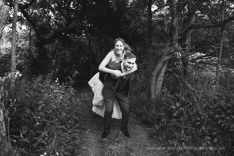 Sarah_and_Matt_160618_389B&W_web_res.JPG