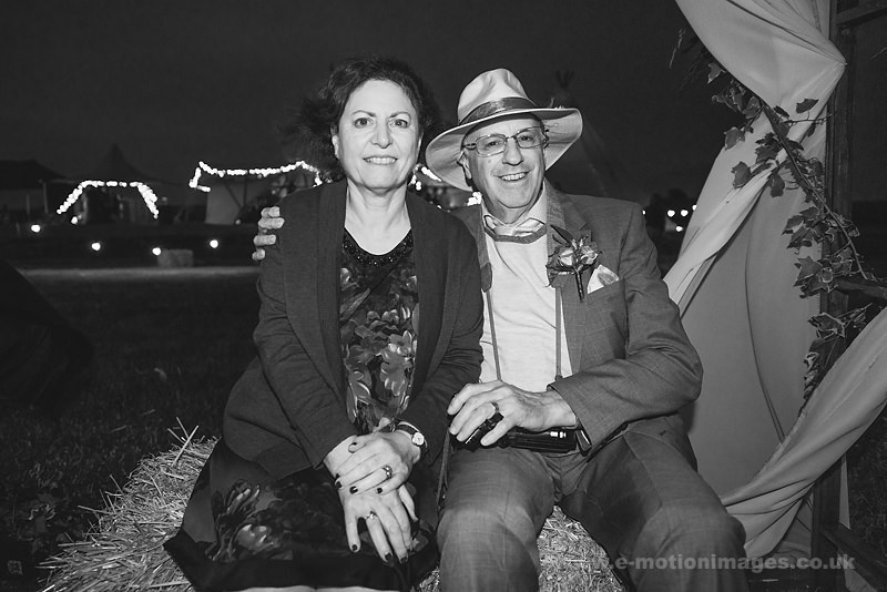 Sarah_and_Matt_160618_514B&W_web_res.JPG