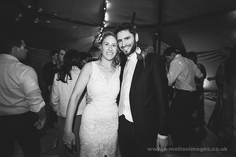 Sarah_and_Matt_160618_534B&W_web_res.JPG