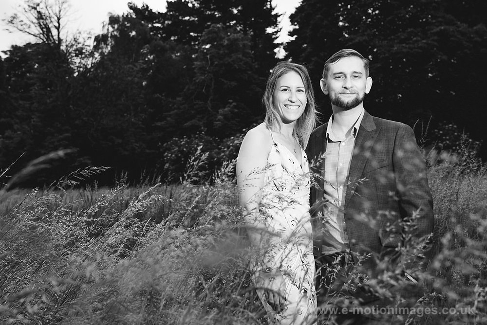 Sarah_and_Matt_140618_022B&W_web_res.JPG