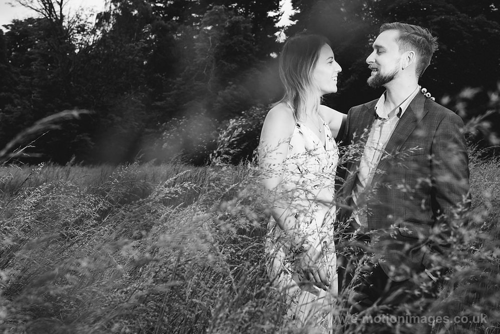 Sarah_and_Matt_140618_023B&W_web_res.JPG