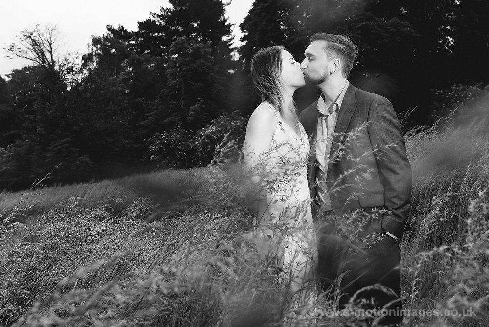 Sarah_and_Matt_140618_024B&W_web_res.JPG