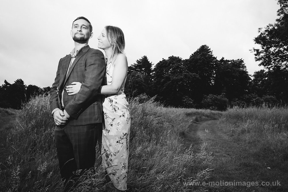 Sarah_and_Matt_140618_044B&W_web_res.JPG