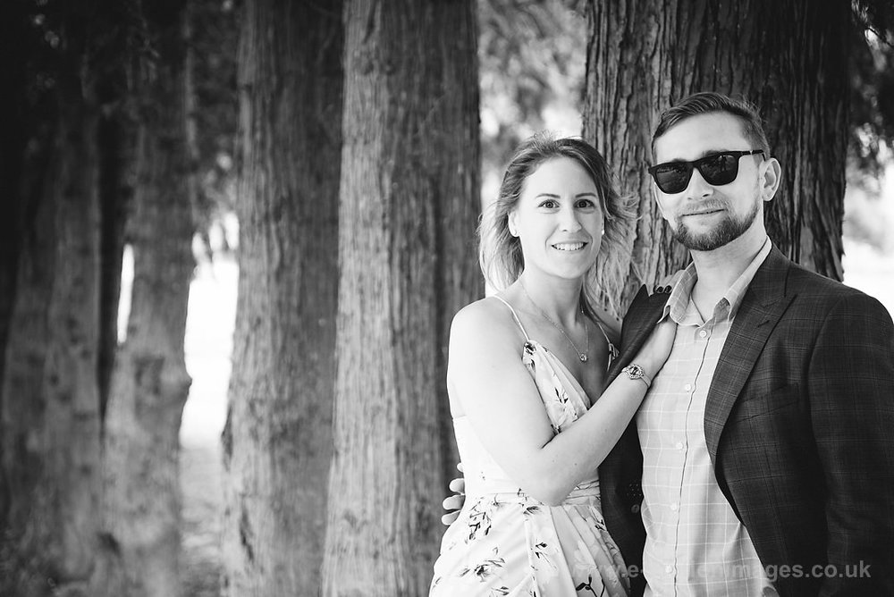 Sarah_and_Matt_140618_058B&W_web_res.JPG