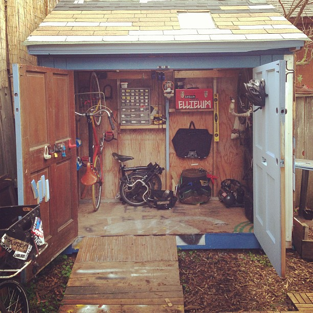Shed life.