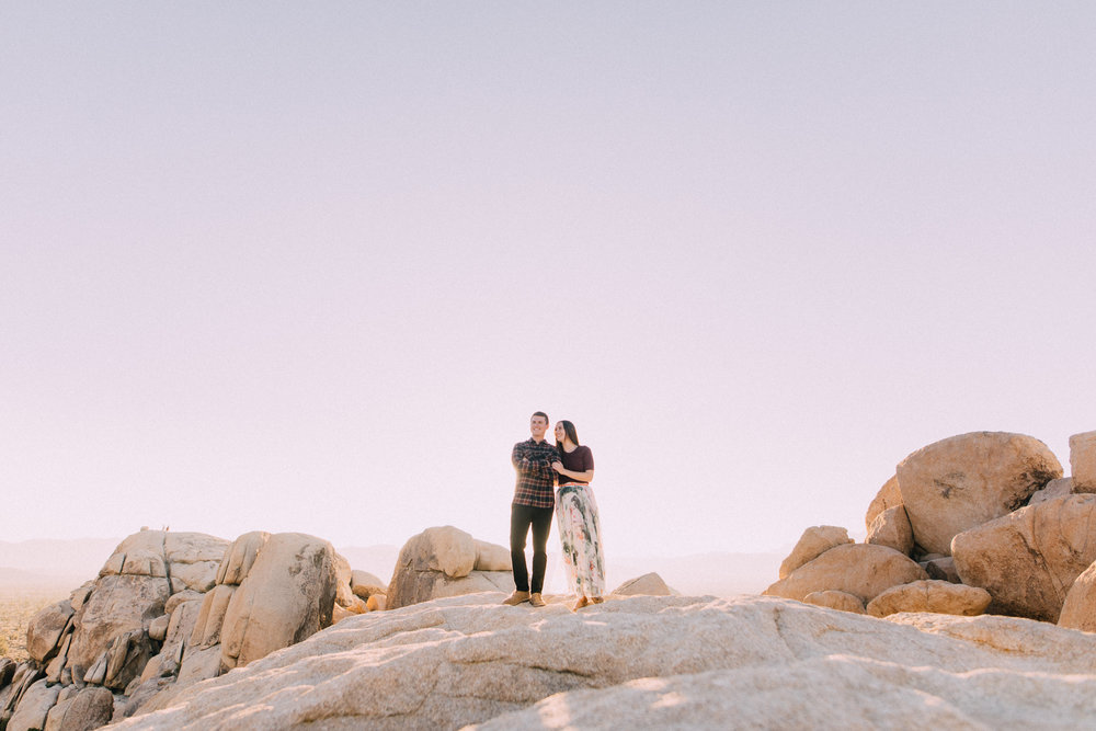 LearMiller-Joshua-Tree-Engagement-kyle-noelle-7911.jpg