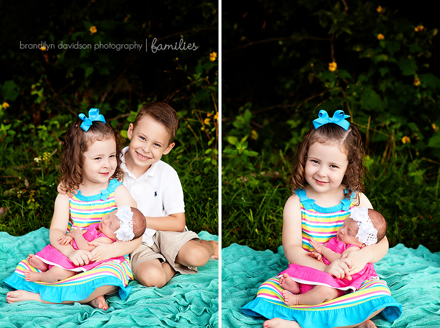 blake-and-anna-with-new-baby-sister-in-kingsport-tn-by-photographer-brandilyn-davidson-photography.jpg