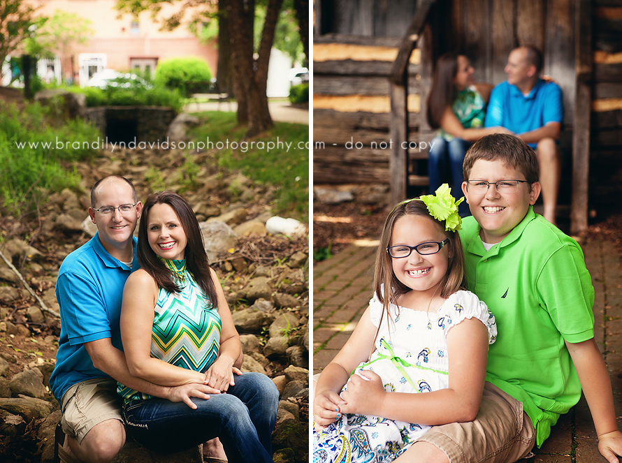 burkes-family-2012-in-johnson-city-tn-by-family-photographer-brandilyn-davidson-photography.jpg