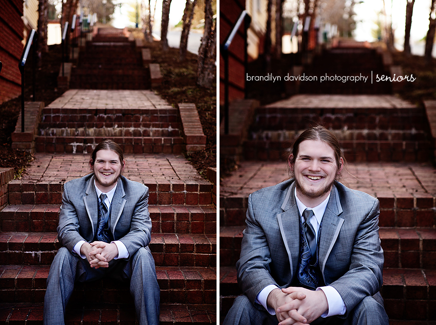 logan-in-a-tux-in-jonesborough-tn-by-senior-portrait-photographer-brandilyn-davidson-photography.jpg
