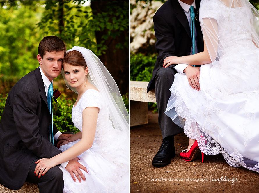 ben-and-kiki-holding-legs-on-5.10.13-by-photographer-brandilyn-davidson-photography.jpg
