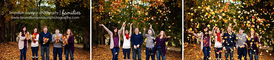 simpson-family-throwing-leaves-on-10.26.13-by-bdp.jpg