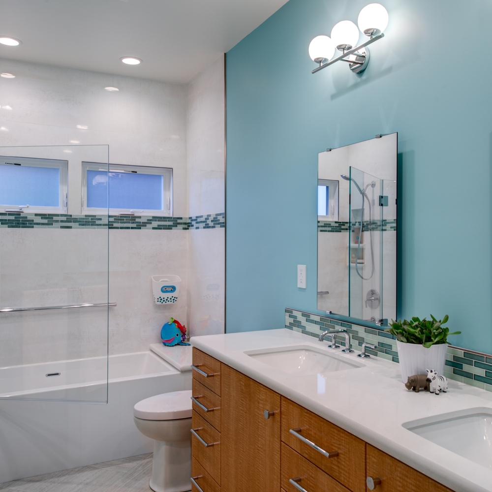 Montclair Contemporary Kids Bath