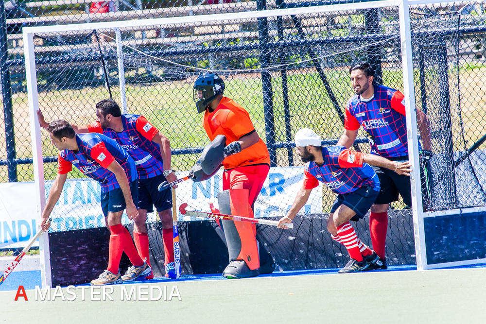 Hockey 2014 Day 1-1422.jpg