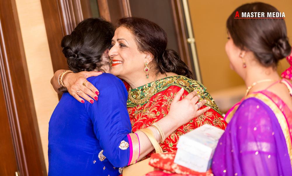 Tegdeep + Bhani Mehndi-3901.jpg