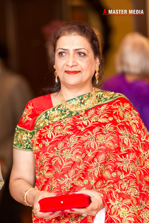 Tegdeep + Bhani Mehndi-3933.jpg