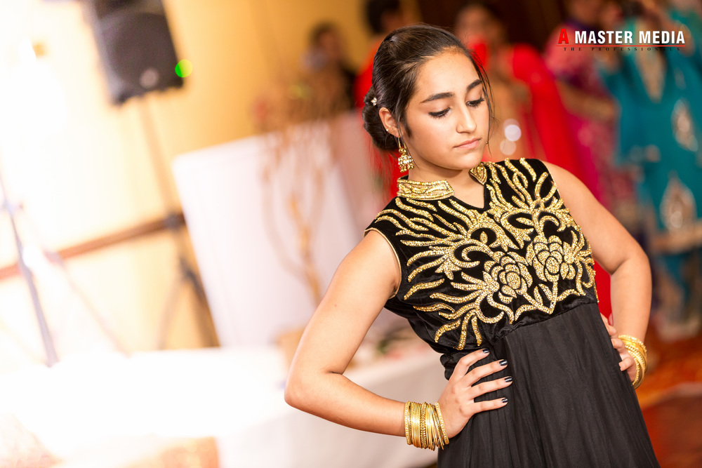 Tegdeep + Bhani Mehndi-4060.jpg