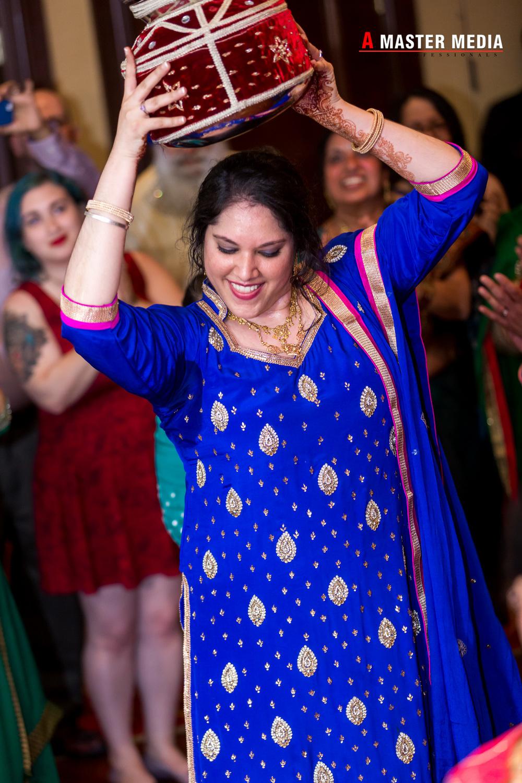 Tegdeep + Bhani Mehndi-4255.jpg