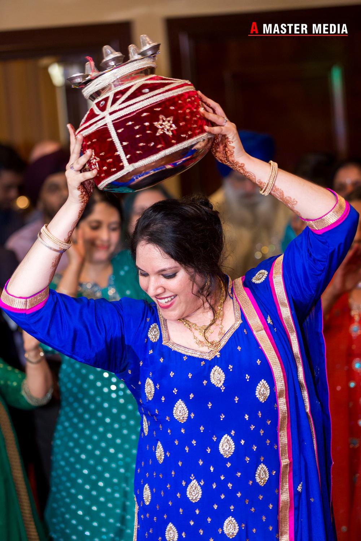 Tegdeep + Bhani Mehndi-4257.jpg