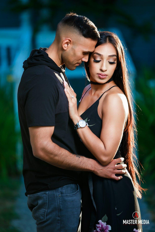 Sapna & Romi-0986.jpg