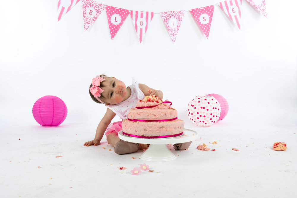 Eloise Cake Smash 2017 (24).jpg