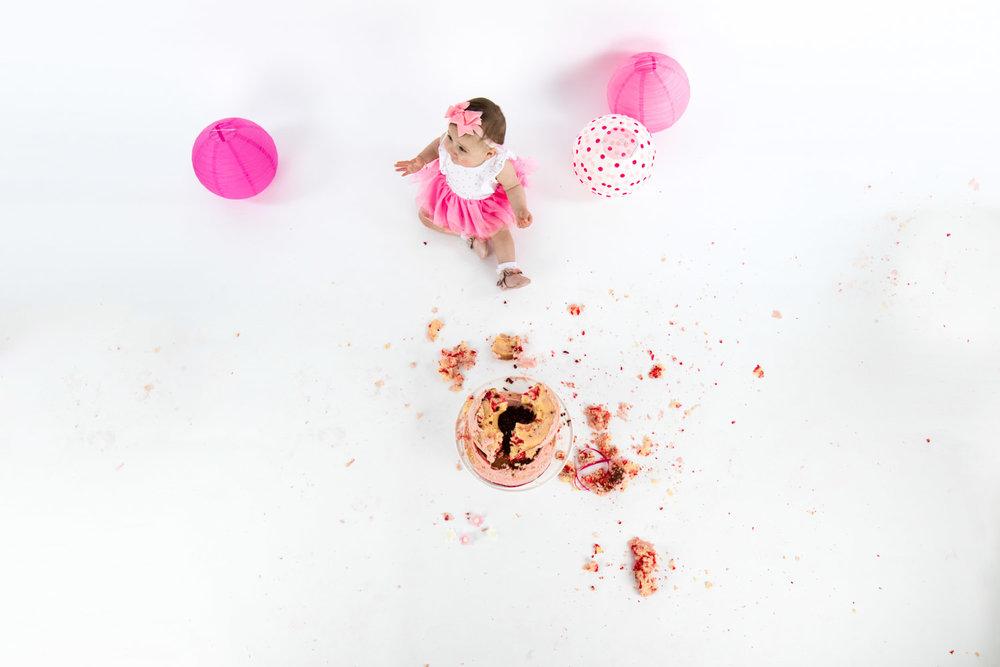 Eloise Cake Smash 2017 (26).jpg