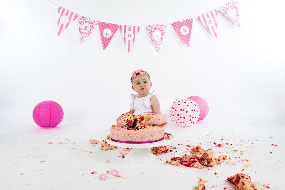 Eloise Cake Smash 2017 (28).jpg
