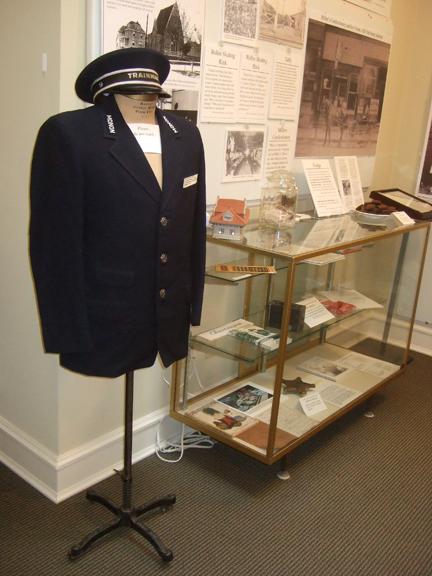 monon_uniform.jpg