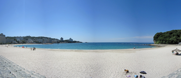 Shirahama's white sand beach.