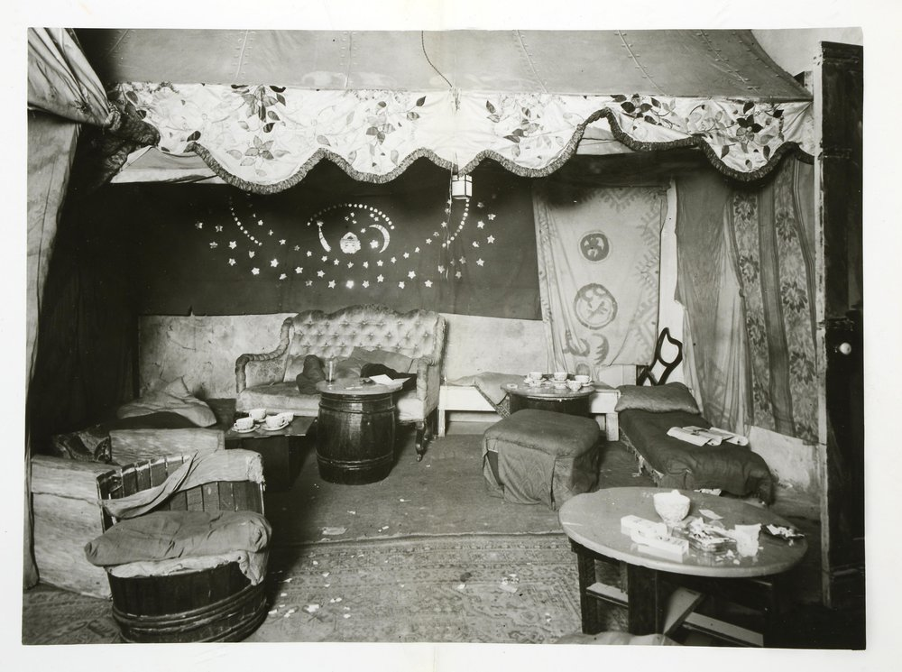 National Archives, Interior of the Caravan Club, Endell Street, London 1934