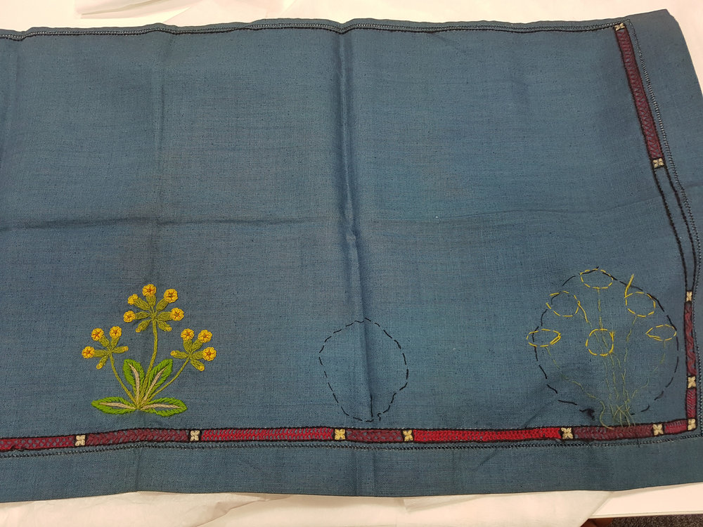 Embroidered table runner, unfinished [Archives].jpg