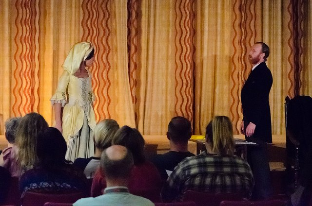Ellen Terry and Bram Stoker discuss Stoker's plans to produce Dracula at the Lyceum during performance of Bram and the Guv'nor, Shakespeare Birthplace Trust, 16 May 2017. Photo credit: David Ashworth.