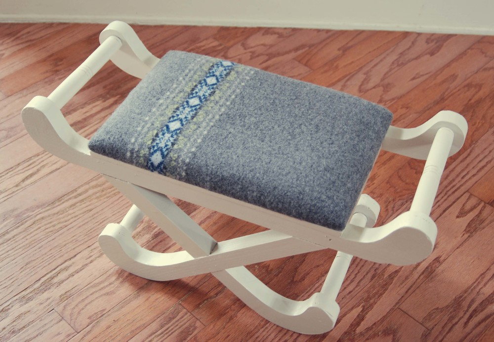 sweater stool via nest