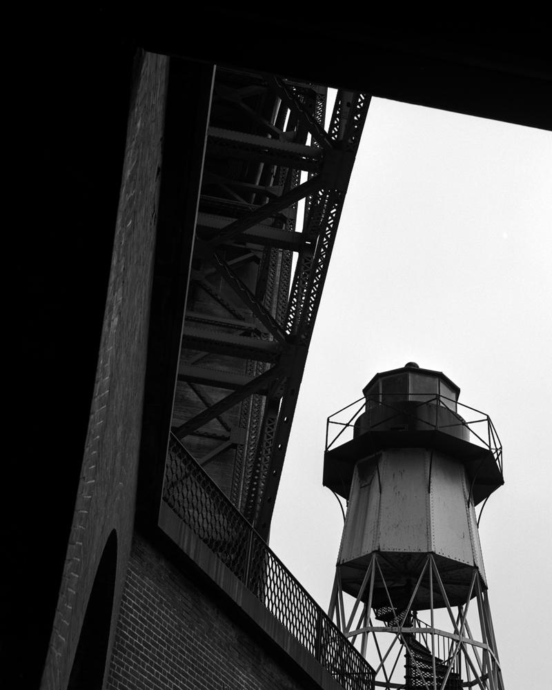 Mathew StLezin Golden Gate 010.jpg