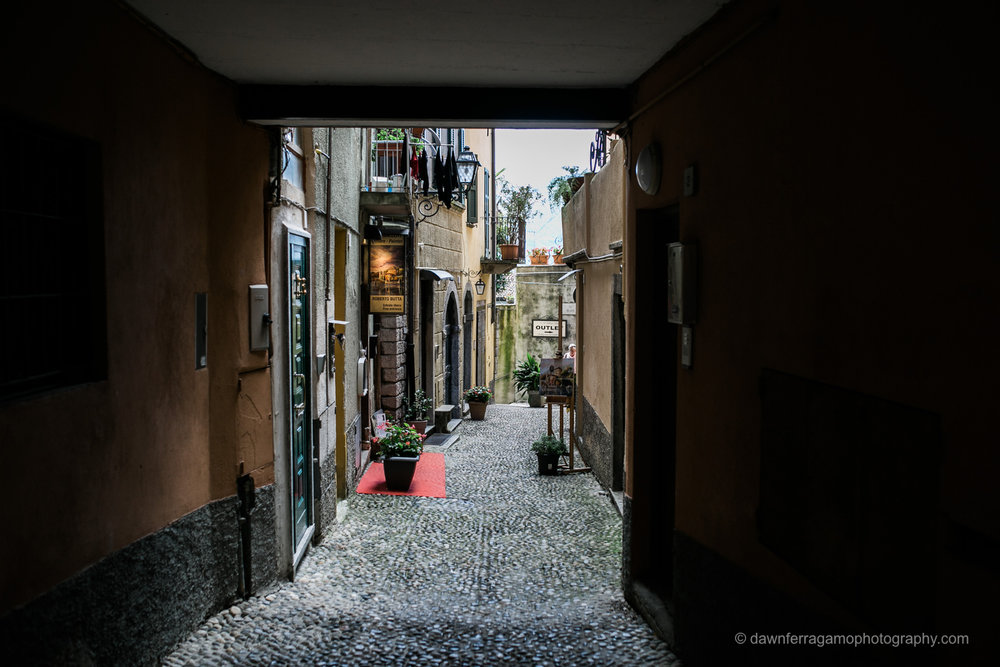 alley-bellagio-lake-como-italy.jpg