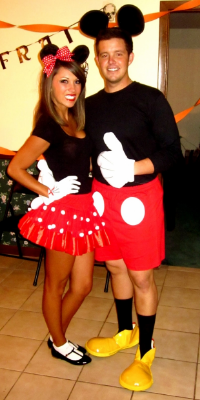 yes we all know those couples who will go together as a partner costume why not do disneys cutest couple mickey and minnie
