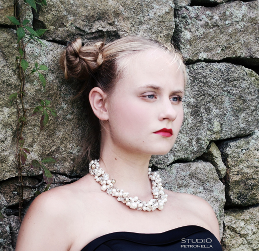 %22katharine at the wall%22 © heather rhodes studio petronella all rights reserved neweb.jpg