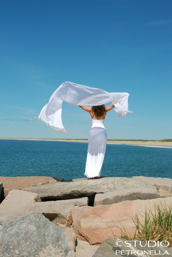 ocean yoga 1 close • © heather rhodes for studio petronella low rez small for newsletter copy.jpg