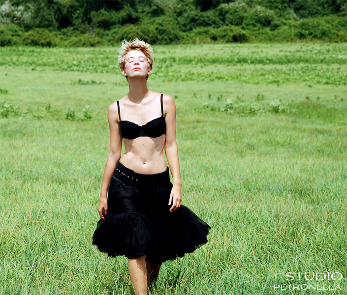 %22petticoat in the field%22 © 2014 heather rhodes studio petronella all rights reserved 500pxh ©.jpg