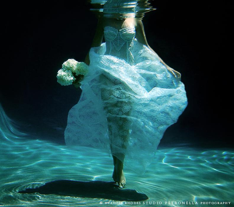 underwater bride 3 © 2015 heather rhodes studio petronella all rights reserved.jpg