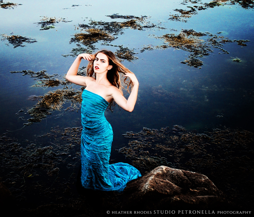 jane peacock bleu 5 © heather rhodes studio petronella all rights reserved.jpg