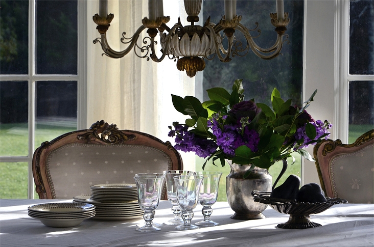 cki+country+estate+dr+table+chandelier+wm.jpg