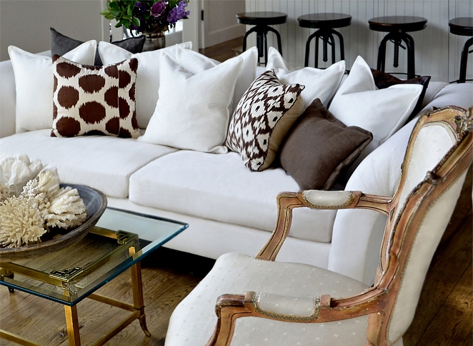 cki+country+estate+armchair+coral+couch+wm.jpg