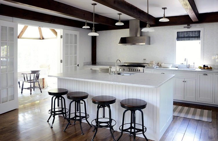 cki+country+estate+large+kitchen+w+stools+wm.jpg