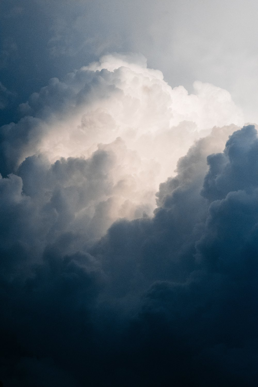 thunderstorm clouds upslpash.jpg