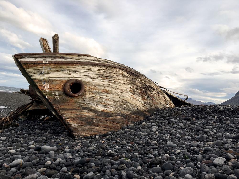 Boat Iceland.jpg